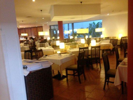 Hotel Costa Calero: Inside Dining Area