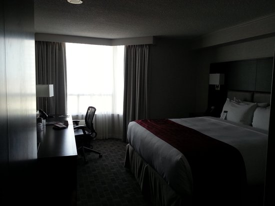 DoubleTree by Hilton Hotel Toronto Downtown : My Room at The Doubletree Downtown Toronto