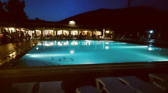 Pigale Family Club: Pool