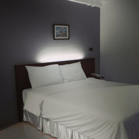 Izen Budget Hotel and Residence: a