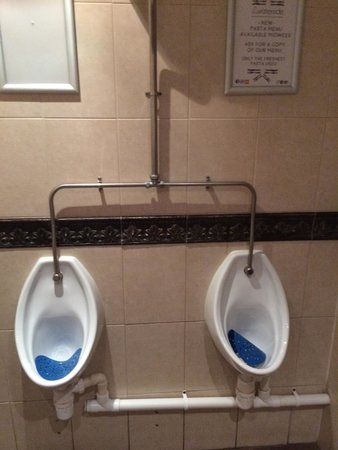 The Waterside Restaurant Bar & Terrace: Spotless toilets