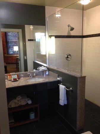 Lancaster Arts Hotel : Room 219