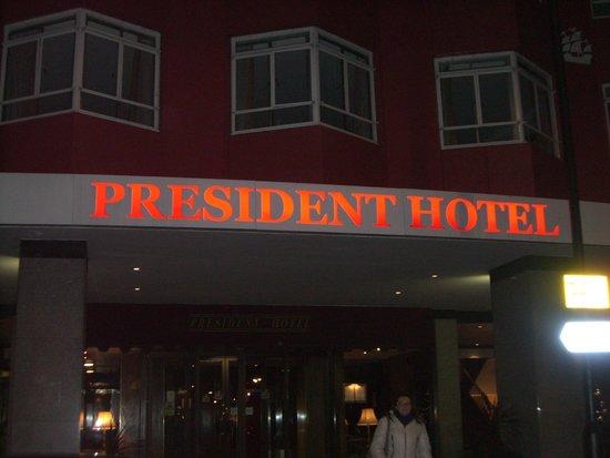 President Hotel: *