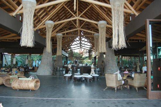 Lopesan Baobab Resort : bar