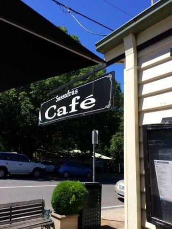 Sassafras Cafe : Lovely signboard of the cafe