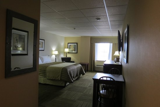 Four Winds Motel: 2nd floor - king room