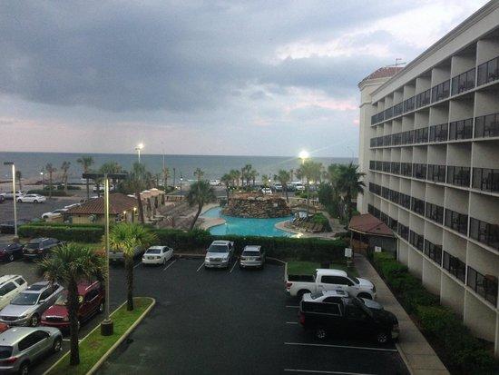 Hilton Galveston Island Resort: View from the 3rd floor