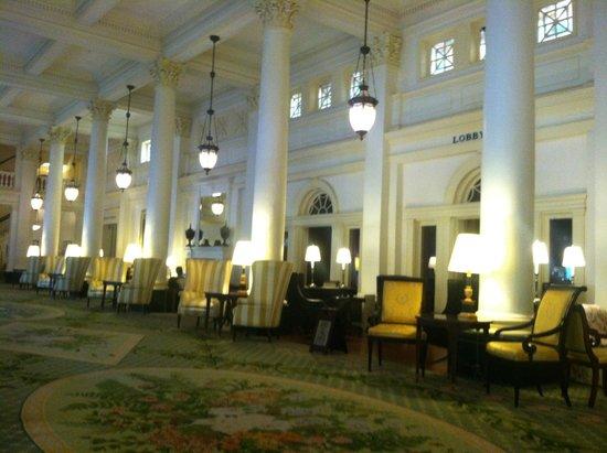The Omni Homestead Resort : Breathtaking main lobby