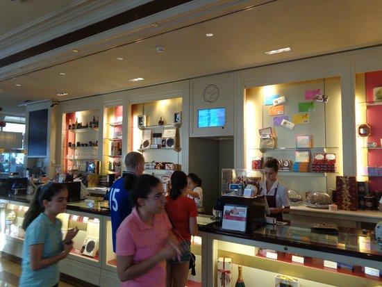 Café Sacher Wien: bellissimo negozio