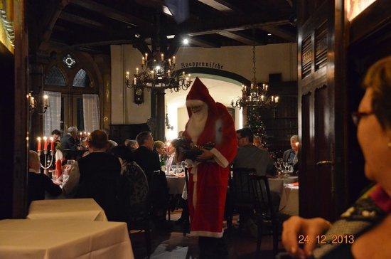 Hotel DER ACHTERMANN: julemanden 24. december