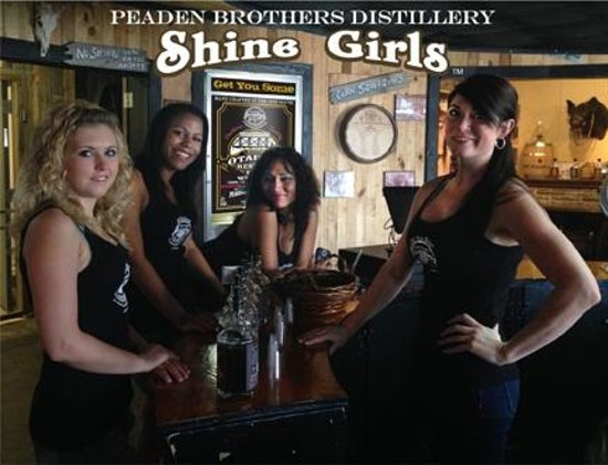 Peaden Brothers Distillery: Peaden Brothers Shine Girls