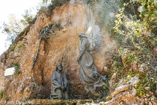 Montserrat Monastery : Stations of the Cross