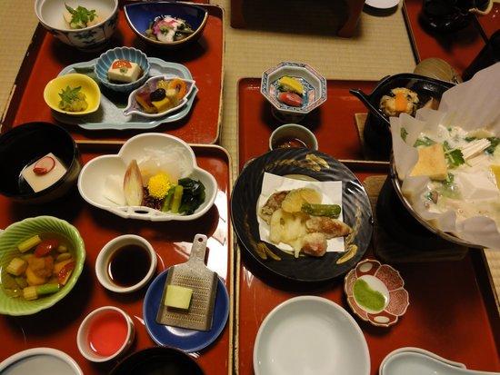 Fukuchiin: 晩御飯の精進料理