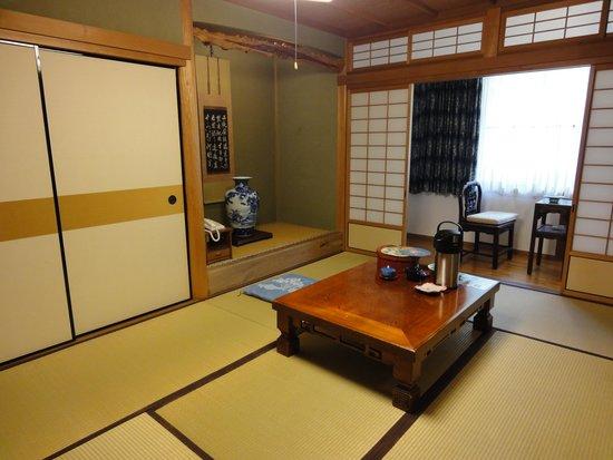 Fukuchiin: お部屋です