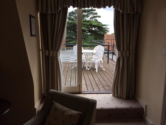 Hallmark Hotel Flitwick Manor: Your own private terrace!