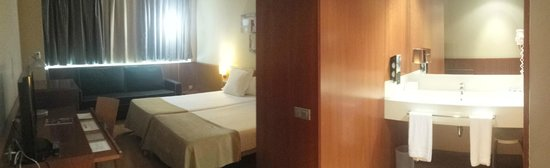 Hotel SB BCN Events : Chambre 2 lits simple