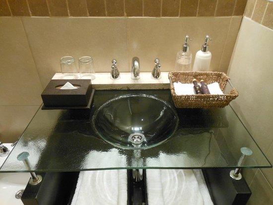 Azur Real Hotel Boutique: Banheiro...