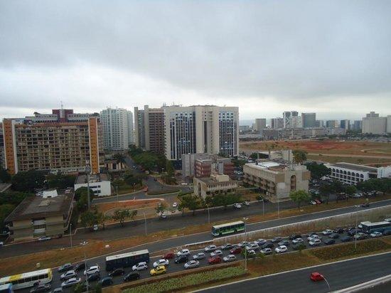 Comfort Suites Brasília: Vista do quarto