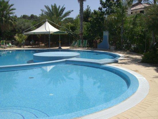 Hotel  La Bussola: *