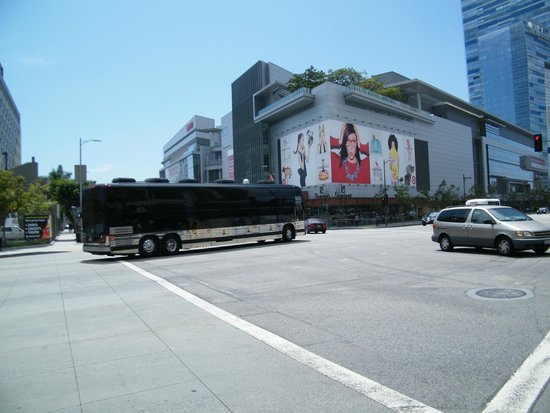 The Grammy Museum: exterior