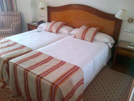 Melia Costa del Sol: Confortable cama