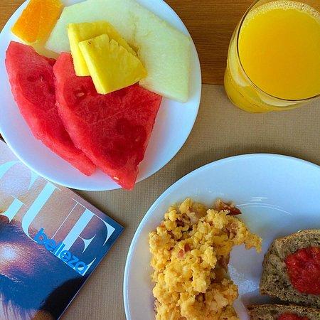 Hostal La Savina: Desayuno