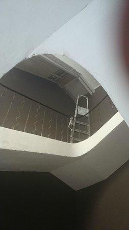 La Livree Du Palais: Escalera