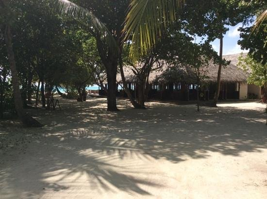 Meeru Island Resort & Spa: Uthuru Bar