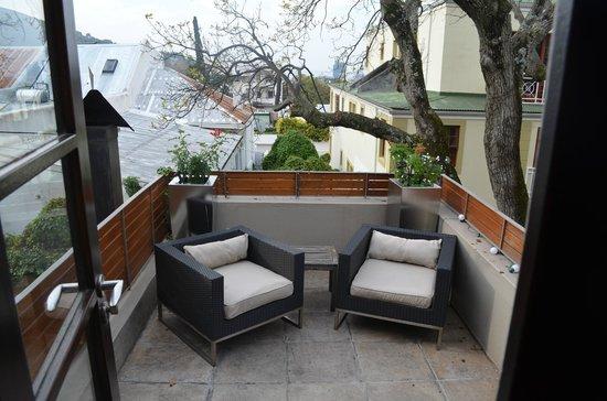 Derwent House Boutique Hotel : Deck off family suite