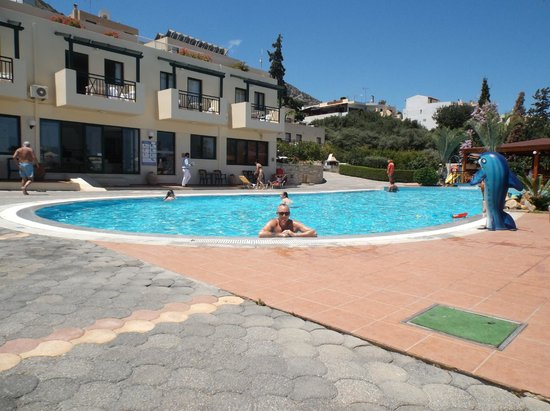 Asterias Village Resort : The pool, looking over to reception