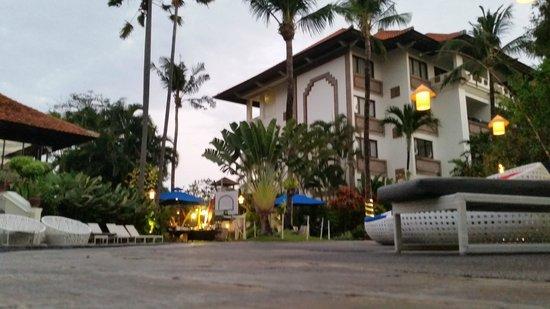 Prime Plaza Suites: hotel