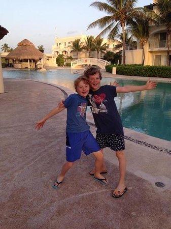 Dreams Tulum Resort & Spa: happy children!