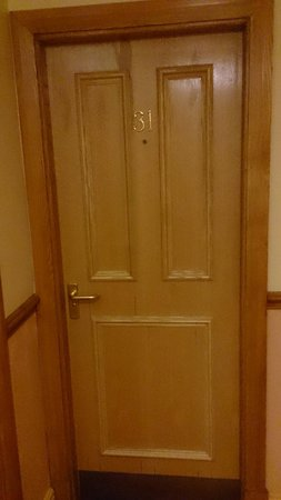"George & Dragon : Doorway to the paranormal?? Room 31, the ""most haunted"" hotel room!"