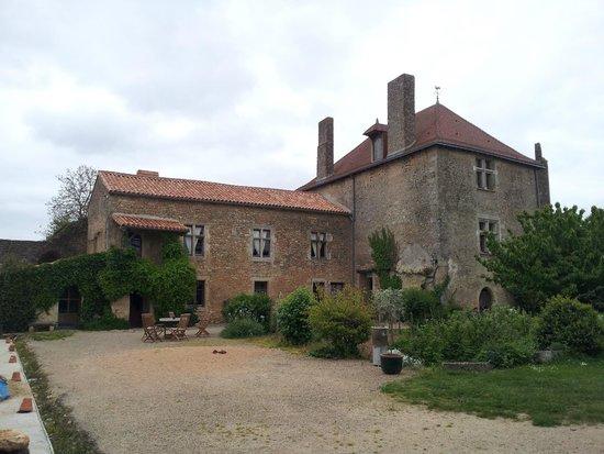 Le Vieux Chateau - chambres et table d'hotes : Les chambres