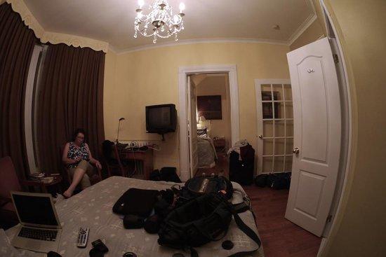 Chateau de l'Argoat : Our room