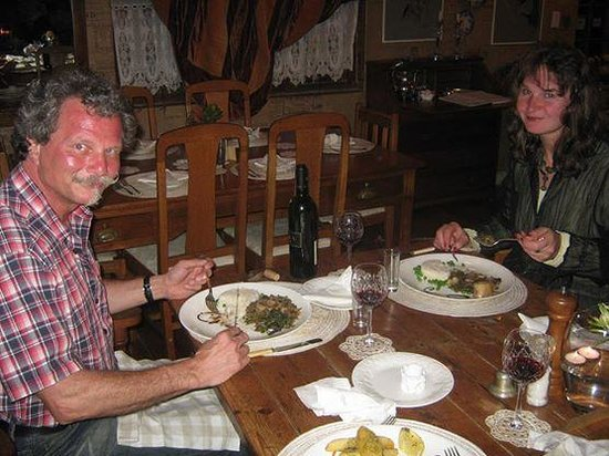 Thyme at Rosemary's Restaurant : Guests Enjoying there meal