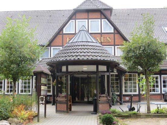 Ringhotel Faehrhaus: Eingangsbereich vom Ringhotel Fährhaus