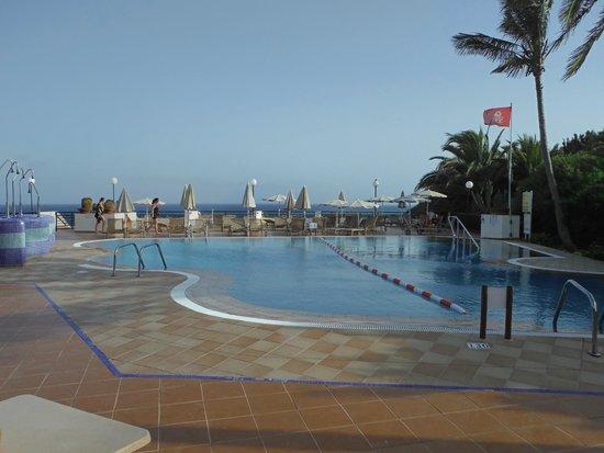 SBH Crystal Beach Hotel & Suites : Pool für Erwachsene