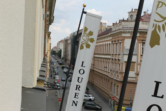 Louren Hotel: Вид из номера 45