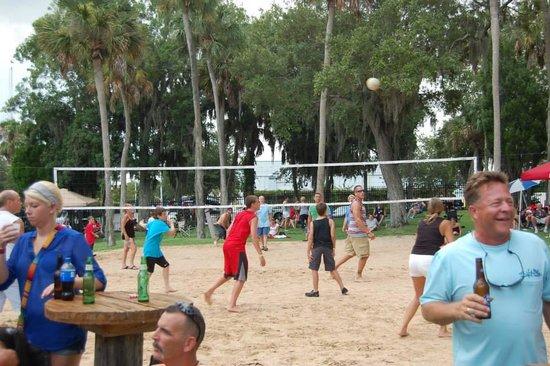 Gill Dawg Marina: Volleyball