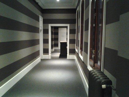 Hotel Granvia : le couloir