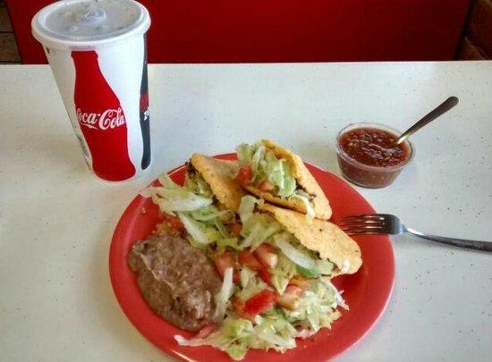Little Diner : Gordita Dinner Plate