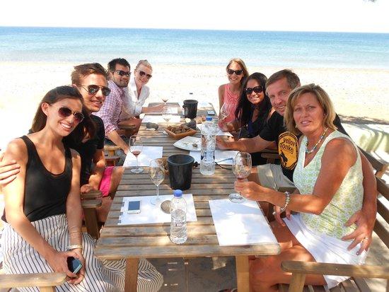 Santorini Wine Adventure : 8 Strangers with a common love of WINE!