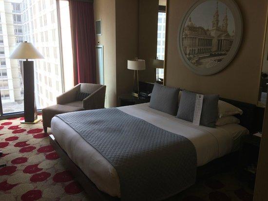 Kimpton Hotel Palomar Chicago : Hotel Room, Window view