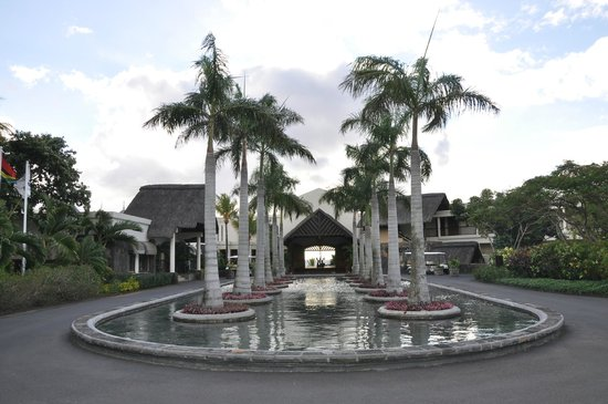 Maritim Resort & Spa Mauritius: Entrance to hotel