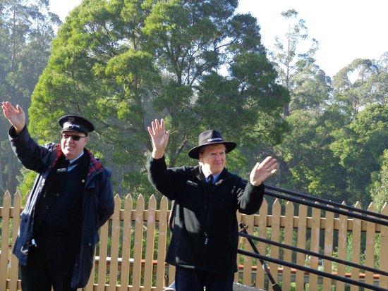 Puffing Billy Railway: Friendly volunteers