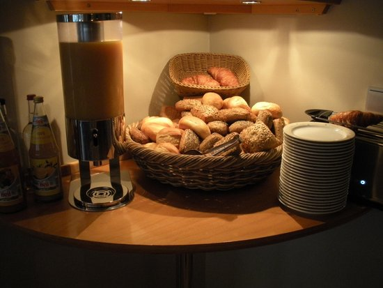 Hotel St. Annen: Breakfast Bar (1)