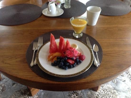 Villa Lucera : Awesome Breakfasts