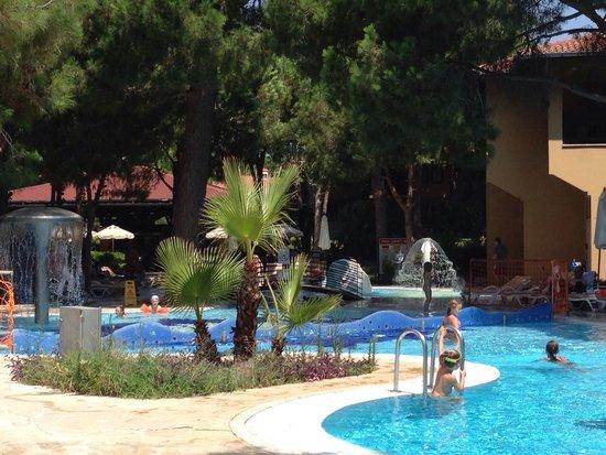 TUI MAGIC LIFE Waterworld: Family relax swimming pool