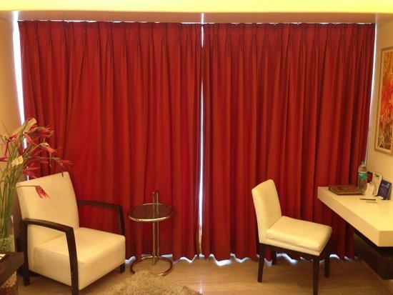 Residency Hotel Andheri : window area